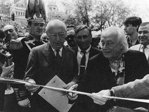 Enrique Tierno Galván | Rafael Alberti | 1985