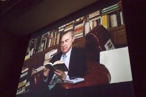 Vídeo de Luis Alberto de Cuenca leyendo un poema de 'Cartas a Maitena' | (CC) Paula Díaz