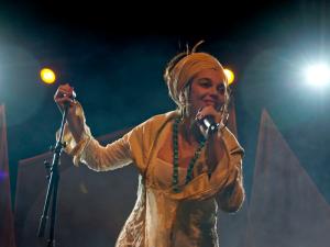 Marinah en concierto | Fotografía © Begoña Pe