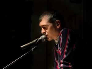 Vicente Drü | Poeta invitado | Jam de Poesía | Vergüenza Ajena | Madrid | Fotografía de Paula Díaz