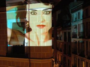 Madrización | Vértice Curvo con imagen de Ana Curra en Malasaña