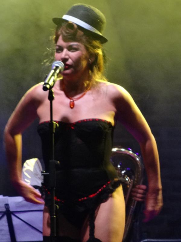 Lavapiés Diverso - Festival de las Culturas | Esperanza Argüelles | Plaza de Agustín Lara | Jueves 17 de julio de 2014