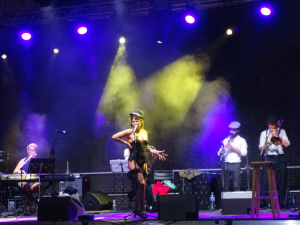 Lavapiés Diverso - Festival de las Culturas | Esperanza Arguelles | Ubercuplé | Plaza de Agustín Lara | Jueves 17 de julio de 2014