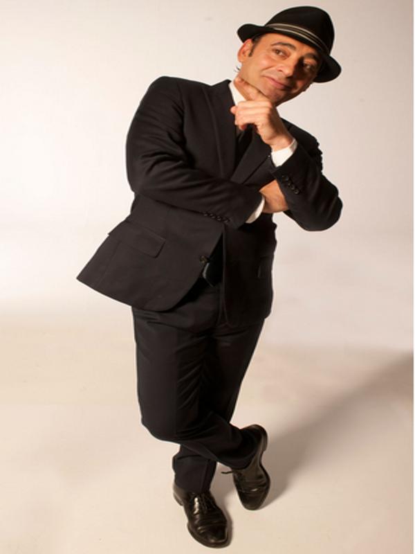 Toni Zenet | Crooner andaluz