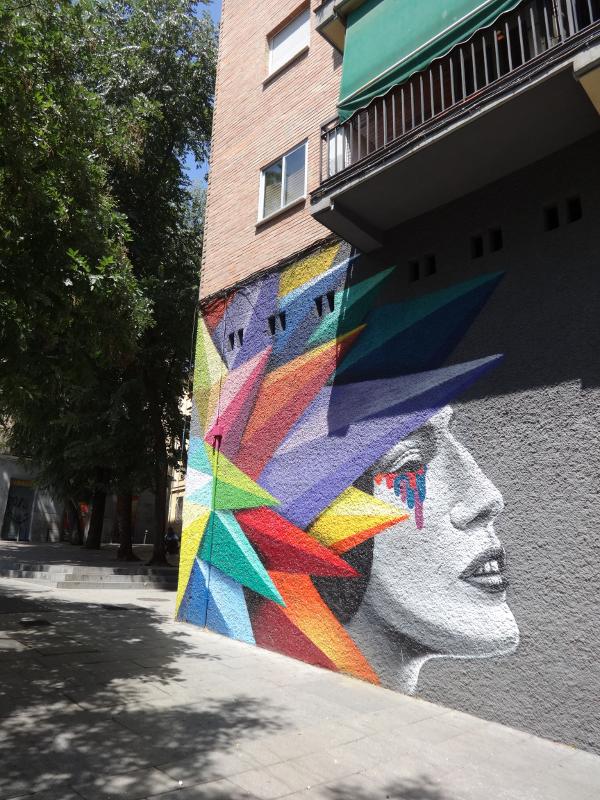Arte Urbano | Calle de Embajadores esquina con Travesía de Cabestreros | Lavapiés | Madrid | Okudart 2014 | Vista Calle de Embajadores