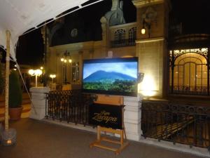 Zacapa Room | Un viaje sensorial al universo del ron Zacapa | Hasta 02-10-2014 | Instalación terraza del Casino de Madrid