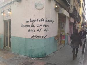 No huyas de la rareza | Alonso | Graffitis de Madrid | Calle Madera esquina Calle Espíritu Santo | Maravillas | Enero 2015