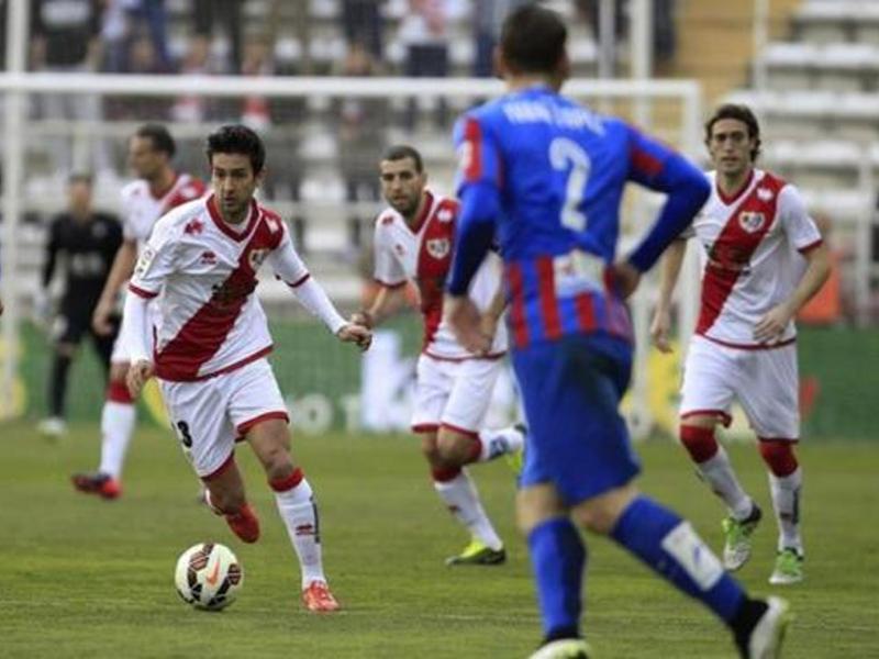 Bueno, del Rayo Vallecano, le hizo un póquer de goles al Levante en la jornada 25ª de Liga BBVA 14-15
