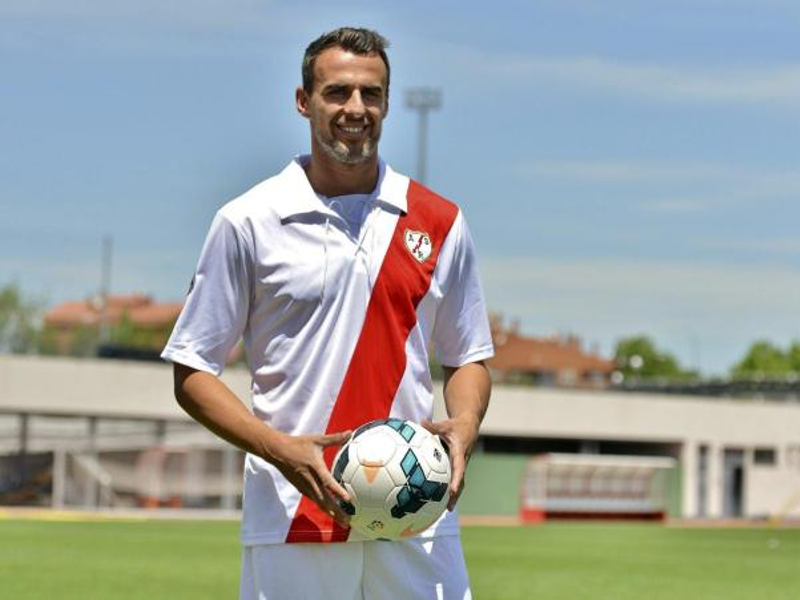 Antonio Amaya marcó el primero de los dos goles del Rayo Vallecano al Almería el domingo 19 de abril de 2015