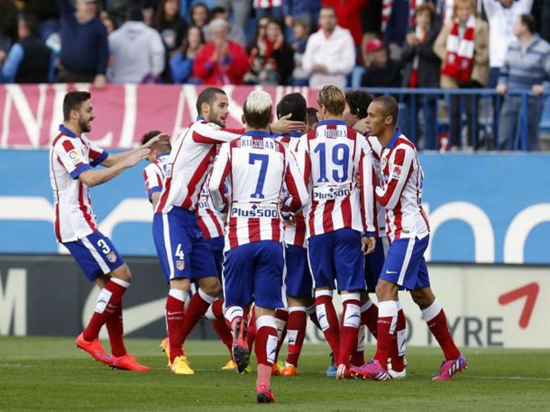 Jugadores del Atlético de Madrid celebrando el primer gol ante Real Sociedad el miércoles 7 de abril de 2015 | Foto: Club Atlético de Madrid SAD