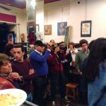 Rodaje con Antonio Miguel Carmona en La Mancha en Madrid de Lavapiés | Personaje con gorra y handycam