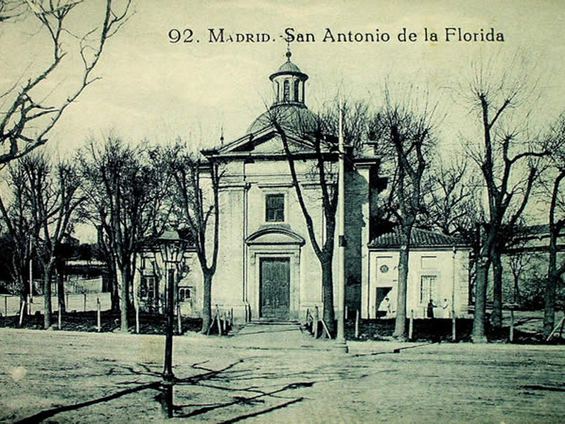 Ermita de San Antonio de la Florida de Madrid en una postal de principios del siglo XX