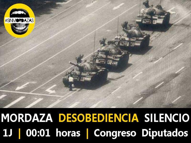 Mordaza - Desobediencia - Silencio | 1J 2015 | 00:01 horas | Congreso Diputados | #SinMordazas