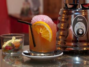 Cócteles por Madrid by Oster 2015 | Entorno Conde Duque - Madrid | Octubre 2015 | Cóctel Fresh Mati Tai de Café La Palma