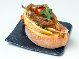 Tapa 'Rotolo di frittata fartito' | Finocchio Ristorante | Italia | Mejor Tapa Tapapies 2015 por votación del jurado