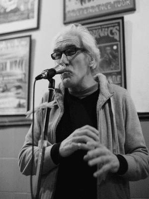 'Bolo' García   7 años de Poesía en Tapas & Fotos   Lavapiés - Madrid   22/10/2015   Foto Federico Romero Galán