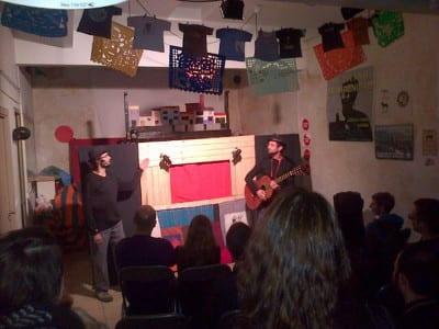 Raúl García Pérez y Alfonso Lázaro de la Fuente en una representación de 'La bruja y don Cristobal' en Granada 2015