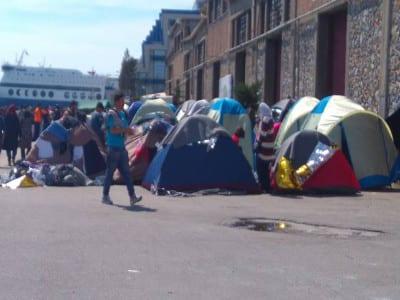 Tiendas de refugiados en el puerto de El Pireo, Atenas (Grecia), marzo 2016 | Foto Mónica Hidalgo
