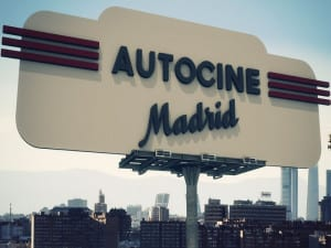 Autocine Madrid | Chamartín | Madrid | Luminoso
