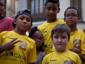 Fiestas San Cayetano, San Lorenzo y La Virgen de la Paloma 2016 | Eloy Gonzalo escucha a Jóvenes Dragones de Lavapiés | Pregón de Fiestas | Plaza de Cascorro | 04/08/2016