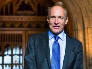 Sir Tim Berners-Lee | Diseñador y desarrollador de la primera página web | Director de la Fundación World Wide Web