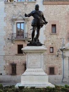 Plaza de la Villa | Monumento a don Álvaro de Bazán | Madrid de los Austrias | Centro | Madrid