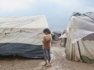 3er Concurso de Microrrelatos 'Escribir por derechos' | Amnistía Internacional Madrid 2016 | 'El derecho a la vivienda: una casa para vivir con dignidad' | Niño refugiado en Jordania