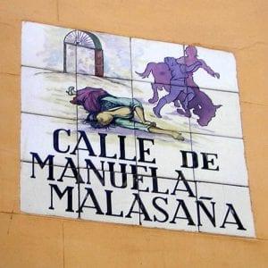Placa de azulejos de la calle de Manuela Malasaña | Barrio de Maravillas | Centro | Madrid
