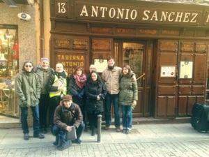 'Sábados de Gloria' | De paseo con Gloria Fuertes | Mediodía de Madrid Alternativas Culturales | Fin del recorrido Taberna de Antonio Sánchez