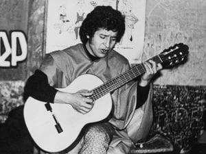 'Juan sin Tierra' | Víctor Jara | Pongo en tus manos abiertas | Jota Jota | Chile | 1969