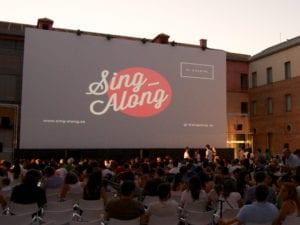 Cine al aire libre en Centro Cultural Conde Duque | Sing Along | Centro - Madrid