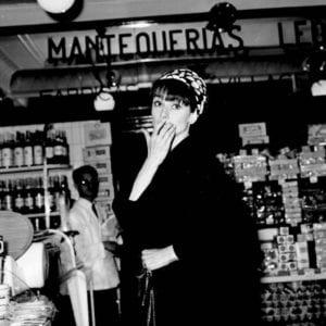 MAD about Hollywood | Sala El Águila | 06/09-14/10/2018 | Arganzuela (Madrid) | Audrey Hepburn de compras en Madrid (1966) | Gianni Ferrari / Cover / Getty Images